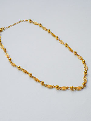 Collier court plaquée or vintage style Gypsy-01