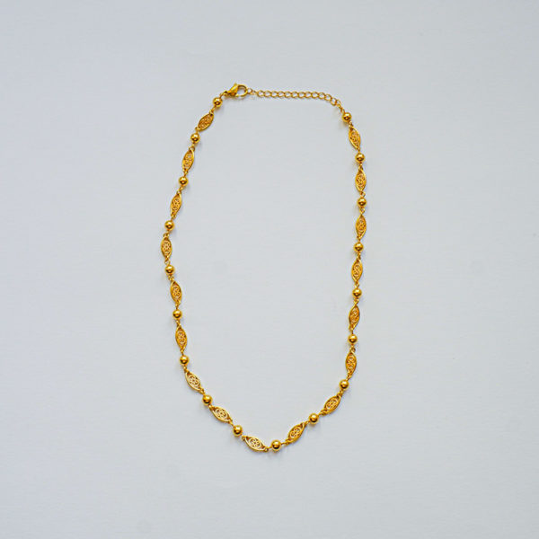 Collier court plaquée or vintage style Gypsy-02